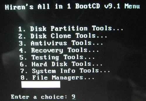 Reset password bằng đĩa CD Hiren's boot