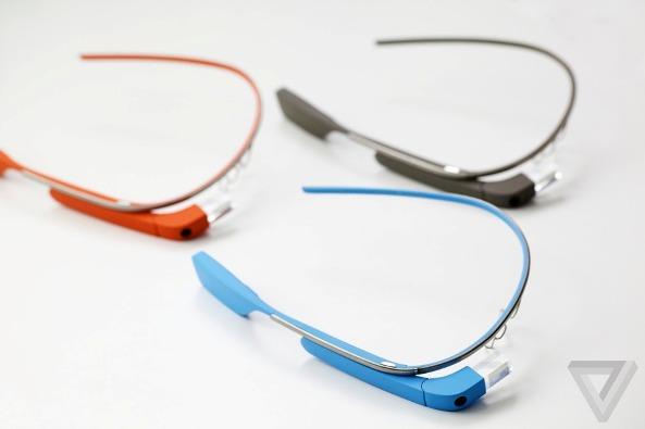 Google glass ra mat nam 2014