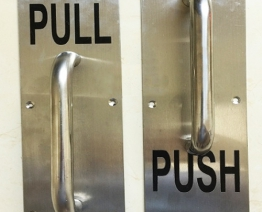 Tay nắm PUSH – PULL