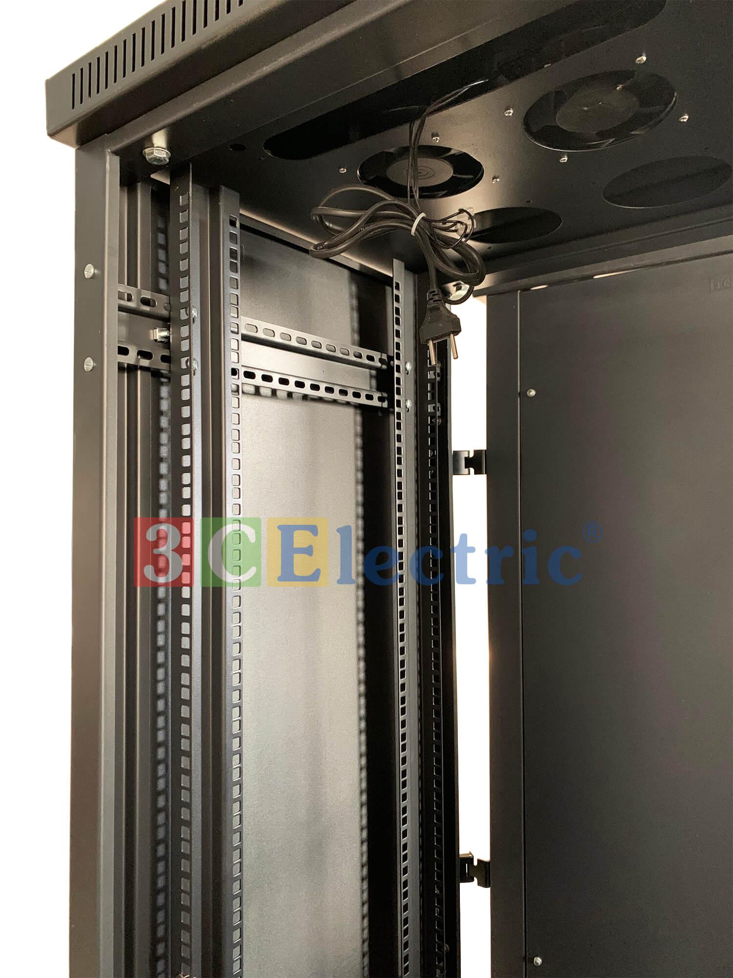 tủ rack 36U D600 màu đen
