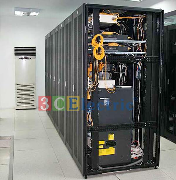 Ứng dụng của tủ rack trong phòng quản lý dữ liệu