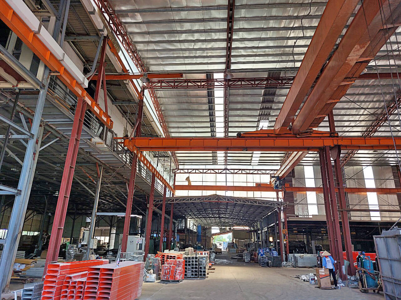 Nhà máy 3CElectric sản xuất thang cáp, máng cáp