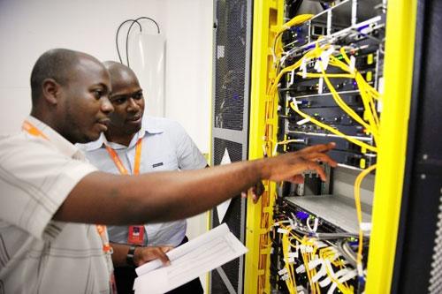 Viettel dùng công nghệ IBM phát triển 3G tại Cameroon